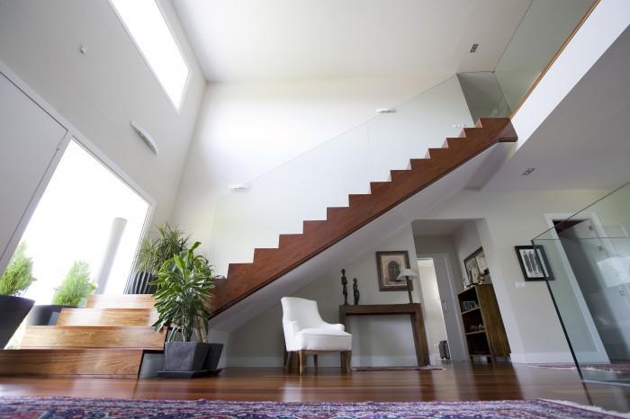 Quel escalier d int rieur privil gier pour une maison design for Photo d escalier d interieur